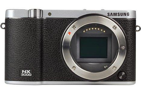 Bild Der Sensor der Samsung NX3000 ist mit 23,5 x 15,7 Millimeter (APS-C-Format) recht groß. Er löst 20,3 Megapixel auf. [Foto: MediaNord]