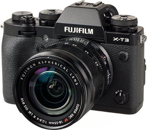 Bild Für 1.500 Euro bekommt der Käufer der Fujifilm X-T3 ein äußerst robustes, gegen Witterungseinflüsse geschütztes und dabei gleichzeitig edles und griffiges Gehäuse mit einer trotz des relativ kleinen Handgriffs guten Ergonomie. [Foto: MediaNord]