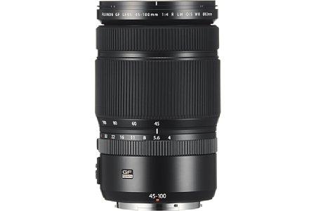 Bild Dank zahlreicher Dichtungen eignet sich das Fujifilm GF 45-100 mm F4 R LM OIS WR nicht nur für Aufnahmen im trockenen Studio, sondern auch für Außeneinsätze bei widrigen Umweltbedingungen. [Foto: Fujifilm]