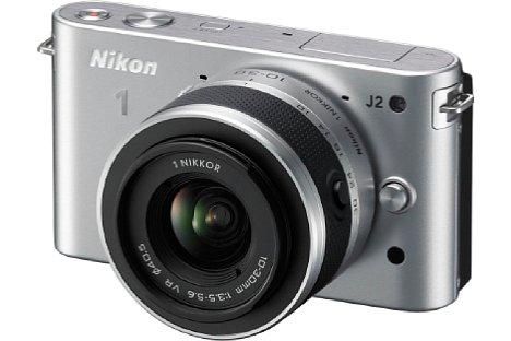 Bild Aber auch in Silber gab es die Nikon 1 J2. [Foto: Nikon]