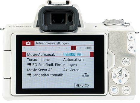 Bild Das Display der EOS M50 Mark II besitzt eine Touchfunktion und ist dreh- und schwenkbar. [Foto: MediaNord]