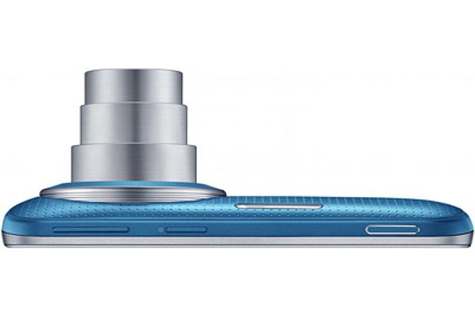 Bild Das Samsung Galaxy K Zoom zoomt optisch zehnfach von umgerechnet 24-240 Millimeter, auch ein optischer Bildstabilisator ist an Bord. [Foto: Samsung]