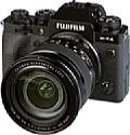 Fujifilm X-T4 mit XF 16-80 mm R OIS WR. [Foto: MediaNord]