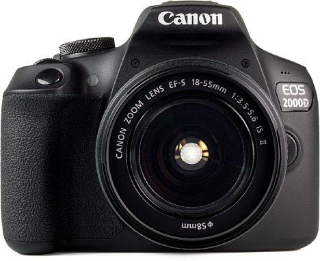 Bild Durch das leichte Gehäuse kippt die Kamera immer auf das Set-Objektiv. Um das zu verhindern, muss die Kamera auf ein Stativ oder der Objektivdeckel muss zur Stabilisierung unter das Objektiv. [Foto: MediaNord]