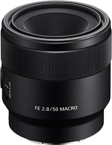 Bild Das Sony FE 50 mm F2.8 Macro besitzt ein robustes Metallgehäuse, das jedoch nicht gegen Staub und Spritzwasser geschützt ist. [Foto: Sony]