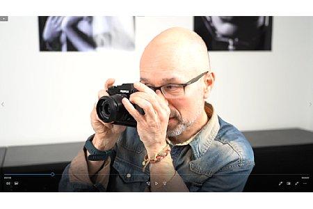Peter Fauland beim Videodreh zum Schulungsvideo 'Das Fujifilm X-System'. [Foto: Imaging One]