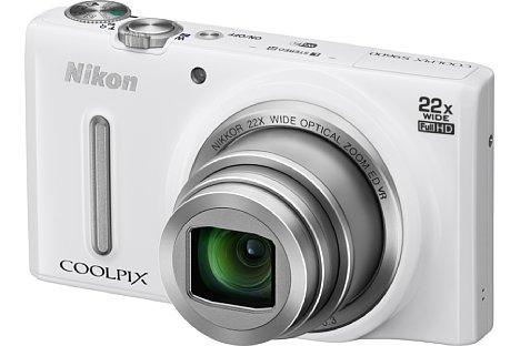 Bild Die Nikon Coolpix S9600 gibt es auch in Weiß. [Foto: Nikon]
