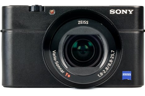 Bild Mit einer maximalen Öffnung von F1,8 bis F2,8 bietet die Sony DSC-RX100 IV ein ziemlich lichtstarkes Objektiv, das einen Bildwinkel wie ein 24-70mm-Kleinbildobjektiv abdeckt. [Foto: MediaNord]