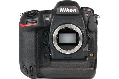 Bild Der neue Kleinbild-Vollformatsensor der Nikon D5 löst 21 Megapixel auf und deckt mit ISO 50 bis 3,3 Million einen sehr großen Empfindlichkeitsbereich ab. [Foto: MediaNord]