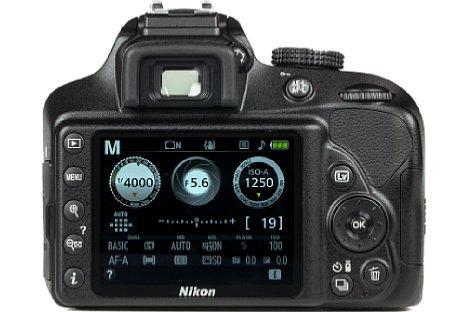 Bild Mit 921.000 Bildpunkten löst der 7,5 Zentimeter große, nicht bewegliche Bildschirm der Nikon D3400 fein auf. Der DSLR-Sucher hingegen fällt etwas klein aus. [Foto: MediaNord]