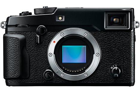 Bild Der neue APS-C-Sensor X-Trans CMOS III der Fujifilm X-Pro2 löst 24 Megapixel auf und bietet 169 integrierte Phasen-AF-Messpunkte. [Foto: Fujifilm]