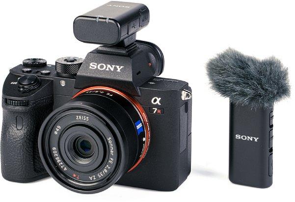 Bild Sony Wireless-Mikro ECM-W2BT an der Sony Alpha 7R III. [Foto: MediaNord]