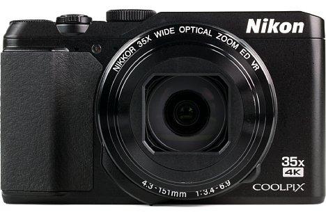 """Bild Das Aussehen der A900 erinnert eher an eine """"Edelkompakte"""", als an eine Travelzoom-Kamera. [Foto: MediaNord]"""