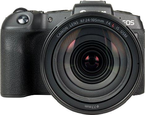 Bild Das RF 24-105 mm Set-Objektiv wirkt auch in der direkten Frontansicht ziemlich mächtig. [Foto: MediaNord]