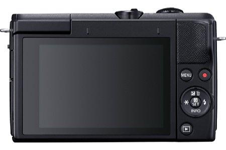 Bild Die Rückseite der Canon EOS M200 wird fast komplett vom nach oben kippbaren Touchscreen eingenommen. Bedienelemente gibt es dagegen nur wenige. [Foto: Canon]