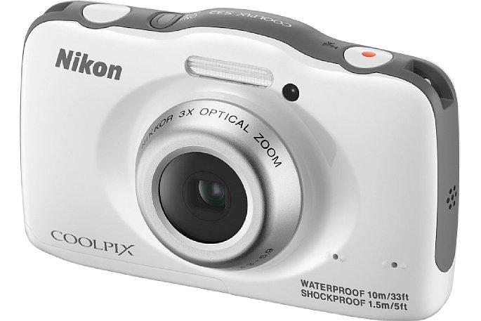 Bild Die Nikon Coolpix S32 in Weiß sieht elegant aus und gar nicht billig. [Foto: Nikon]