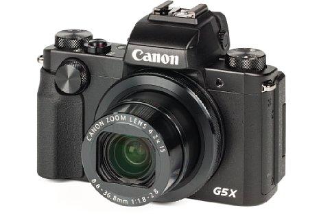 Bild Das gut verarbeitete Gehäuse der 375 Gramm schweren Canon PowerShot G5 X besteht größtenteils aus Metall. [Foto: MediaNord]