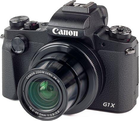 Bild Trotz des großen APS-C-Sensors ist die Canon PowerShot G1 X Mark III erstaunlich kompakt. Das liegt am nicht allzu zoom- und lichtstarken Objektiv. [Foto: MediaNord]