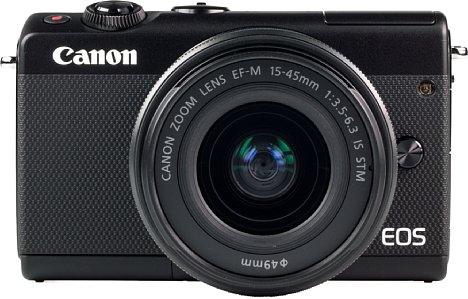 Bild Mit demEF-M 15-45 mm ist die Canon EOS M100 nur unwesentlich größer als eine Edelkompakte. [Foto: MediaNord]