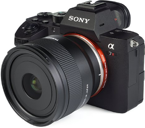 Bild Rein optisch macht das Tamron 24 mm F2.8 Di III OSD M1:2 (F051) an derSony Alpha 7R III eine gute Figur und kann auch bezüglich seiner Bildqualität überzeugen. [Foto: MediaNord]