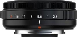 """Bild Im Gegensatz zum Vorgängermodell von 2013 verfügt das Fujifilm XF 27 mm F2.8 R WR über einen Blendenring, der sogar in der """"A""""-Position gesichert werden kann. [Foto: Fujifilm]"""
