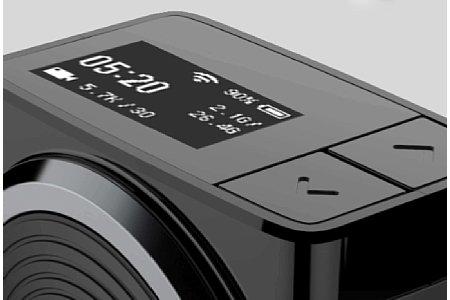 Bild Auf der Oberseite derYI 360 VRgibt es ein Monochrom-OLED-Displey und zwei Pfeiltasten zur Bedienung. [Foto: Yi Technology]