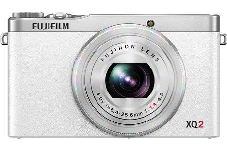 Bild Nicht nur in klassischem Silber-Schwarz, sondern auch in Weiß will Fujifilm die XQ2 ab Februar 2015 verkaufen. [Foto: Fujifilm]