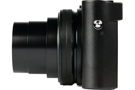 Bild Der Objektivring der Panasonic Lumix DMC-TZ101 übernimmt je nach Modus verschiedene Funktionen, etwa das Stufenzoom, die manuelle Fokussierung oder auch die Einstellung der Blende. [Foto: MediaNord]