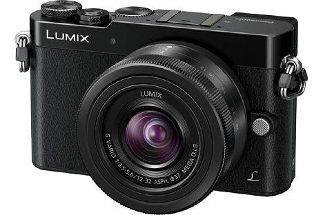 Bild Die Panasonic Lumix DMC-GM5 ist die kompakteste Micro-Four-Thirds-Kamera mit integriertem elektronischem Sucher. [Foto: Panasonic]