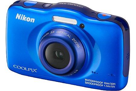 Bild Hier die Jungen-Version: Nikon Coolpix S32 in Blau. [Foto: Nikon]