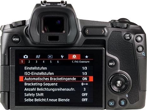 Bild Die Canon EOS R bietet einen großen dreh- und schwenkbaren Touchscreen sowie einen hochauflösenden elektronischen Sucher. [Foto: MediaNord]