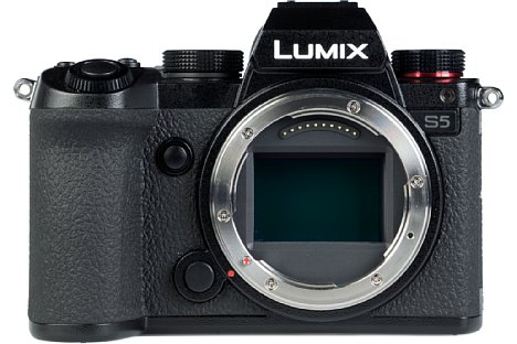 Bild Panasonic Lumix DC-S5. [Foto: MediaNord]