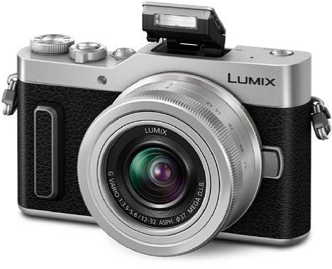 Bild Zwar bietet die Panasonic Lumix DC-GX880 einen eingebauten Pop-Up-Blitz, ein echter TTL-Systemblitzschuh fehlt ihr aber. [Foto: Panasonic]