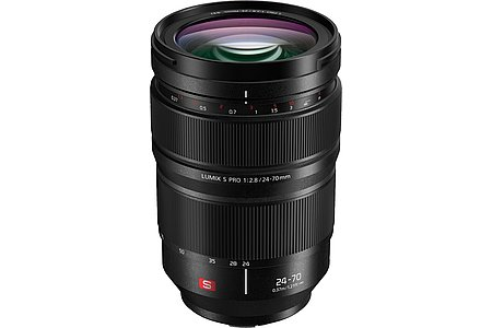 Panasonic Lumix S Pro 24-70 mm F2.8 (S-E2470). [Foto: Panasonic]