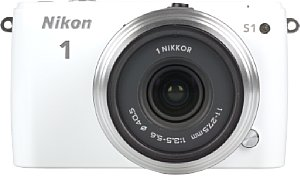 Nikon 1 S1 mit 1-Mount 11-27,5 mm [Foto: MediaNord]