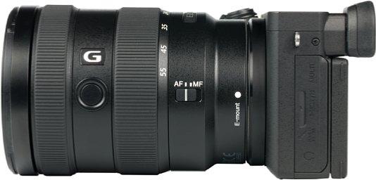 Bild Als einzige Kamera der aktuellen APS-C-Generation von Sony verfügt die Alpha 6600 über vier statt drei Schnittstellen. Neben Micro-USB, Micro-HDMI und der 3,5 mm Mikrofonbuchse gibt es nur bei der 6600 einen 3,5 mm Kopfhöreranschluss. [Foto: MediaNord]