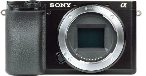 Bild Der 24 Megapixel auflösende APS-C-Sensor der Sony Alpha 6100 nimmt Fotos mit sehr exakten Farben und einem hohen Dynamikumfang auf, schwächelt aber beim Signal-Rauschabstand sowie dem Tonwertumfang. [Foto: MediaNord]