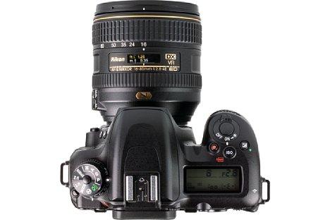 Bild Auf der Oberseite zeigt ein kleines, beleuchtbares LC-Display wichtige Aufnahmeinformationen an. [Foto: MediaNord]