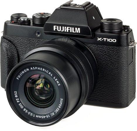 Bild Das neue Standardzoom XC 15-45 mm OIS PZ gehört zum Lieferumfang der Fujifilm X-T100. Es besitzt einen Motor zur Zoomeinstellung und faltet sich ausgeschaltet kompakt zusammen. [Foto: MediaNord]