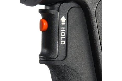 """Bild Der große Arretierungshebel am """"Pistolen""""-Griff des GH-300T erlaubt eine unkomplizierte Sperre des Auslösers bei Langzeitbelichtungen. [Foto: Vanguard]"""