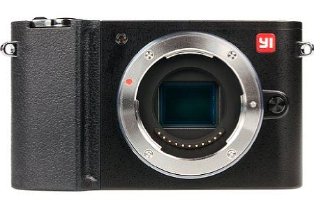 Bild Die Yi M1 besitzt einen 17,3 mal 13 Millimeter großen Micro-Four-Thirds-Sensor mit einer stattlichen Auflösung von 20 Megapixeln, wie sie nur die Flaggschiffmodelle von Olympus und Panasonic bieten. [Foto: MediaNord]