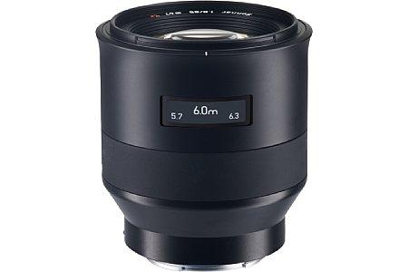 Bild Das Zeiss Batis 1.8/85 mm ist vor allem für Porträts geeignet. Es besitzt nicht nur einen Autofokus, sondern sogar auch einen optischen Bildstabilisator. [Foto: Zeiss]