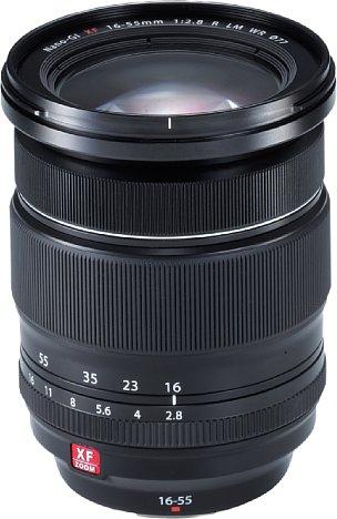Bild Das recht kompakte und gute XF 18-55 mm F2.8-4 R LM OIS reichte Fujifilm nicht, das etwas weitwinkel- und lichtstärkere XF 16-55mm F2.8 R LM WR musste her. [Foto: Fujifilm]