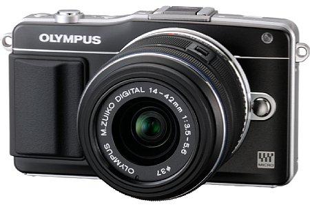 Olympus Pen E-PM2 mit 14-42 mm F3.5-5.6 II R (EZ-M1442-II R) [Foto: Olympus]