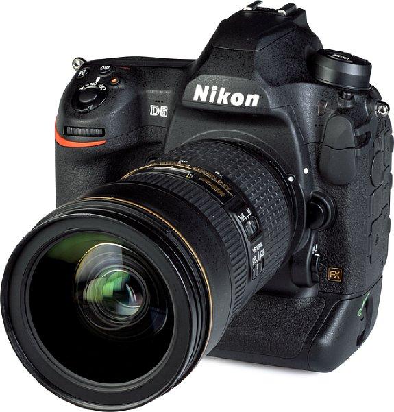 Bild Die Nikon D6 bringt mit ihrem gedichteten Magnesiumgehäuse alleine schon 1,4 Kilogramm auf die Waage, mit dem mit 2.8 24-70 mm 2.8E VR sind es sogar knapp 2,5 Kilogramm. [Foto: MediaNord]