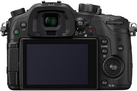 Bild Besitzer der Panasonic Lumix DMC-GH4 können zumindest die V-Log L Funktion der GH4R mit einem kostenpflichtigen Firmwareupdate für 100 Euro freischalten. [Foto: Panasonic]
