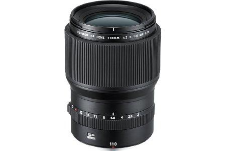 Bild Das Fujifilm GF 110 mm F2 LM WR besitzt einekleinbildäquivalente Brennweite von 87 Millimeter und eine kleinbildäquivalente Schärfentiefe von F1,6. Es handelt sich somit um ein klassisches Porträtobjektiv. [Foto: Fujifilm]
