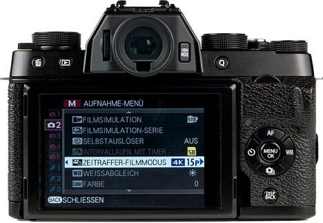 Bild Der bewegliche Monitor bietet Überblick über Kamerafunktionen und das Vorschaubild. [Foto: MediaNord]