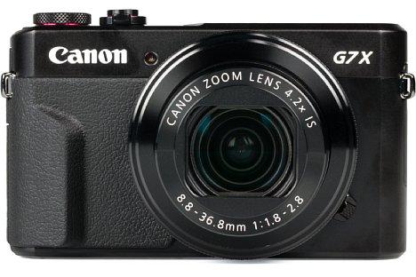 Bild Im Gegensatz zum Vorgängermodell und zu RX100-Konkurrenz bietet die Canon PowerShot G7 X Mark II einen kleinen Handgriff mit rutschfestem Bezug. [Foto: MediaNord]