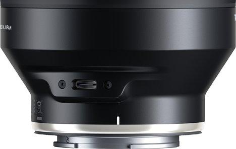 Bild Dank der USB-C-Schnittstelle kann das Objektiv mit dem Tamron Lens Utility angepasst und mit Firmwareupdates versorgt werden. [Foto: Tamron]